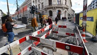 Themenseite: Die neue BVB-Baustelle am Bankverein sorgt für viel Chaos.