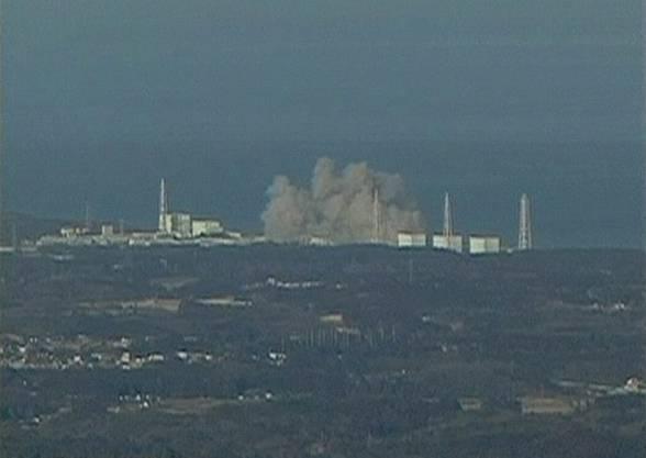 Ein Video zeigt die heftige Explosion beim Reaktorgebäude von Fukushima 1.