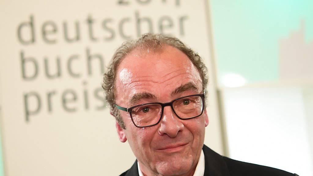 Sichtlich gerührt: Der österreichische Autor Robert Menasse.