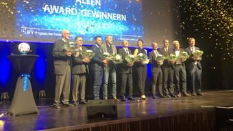 Zum Schluss der Gala werden alle Gewinner auf der Bühne geehrt – inklusive Konfetti-Regen.
