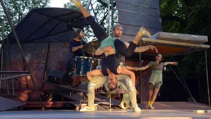 Die Artistinnen und Artisten zeigten eine professionelle Performance.