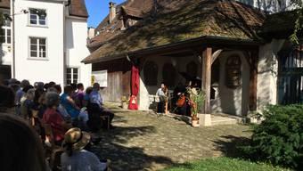 Konzerte im Hof.