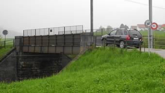 Die SBB-Brücke zwischen Frick und Gipf-Oberfrick bleibt weiter befahrbar. mf/archiv