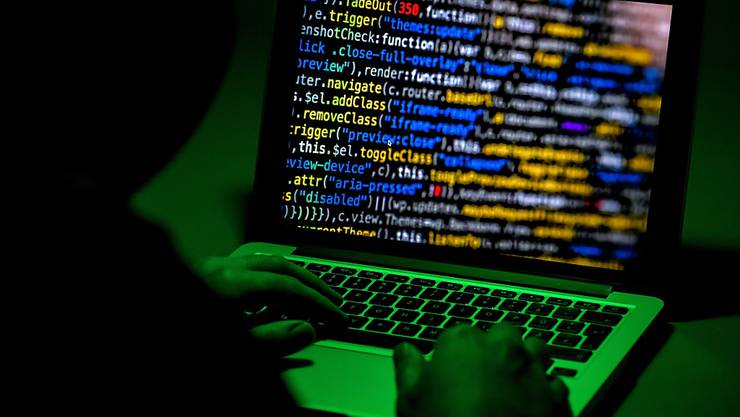 Im Kampf gegen Verbrechen im Internet haben deutsche Ermittler erstmals einen grossen Server-Anbieter für illegale Geschäfte im Darknet ausgehoben. (Symbolbild)