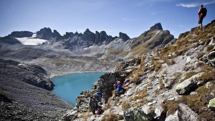 Wer gut hinsieht, sieht oben links den Pizolgletscher. Dieses Bild ist aber auch schon neun Jahre alt. Der Gletscher ist laut Experte Huss nicht mehr zu retten. (Archiv)
