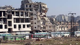 Der Osten Aleppos ist offiziell vollständig evakuiert. Jedenfalls melden die Rebellen ihren Abzug und Armee und Regime die Übernahme der Kontrolle.
