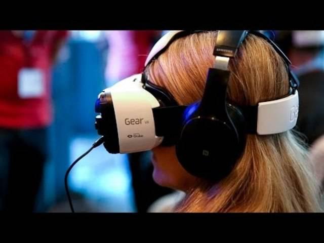 Virtuelle Realität durch die «Taucherbrille»: Das «Virtual Reality»-Headset fürs Samsung-Smartphone.
