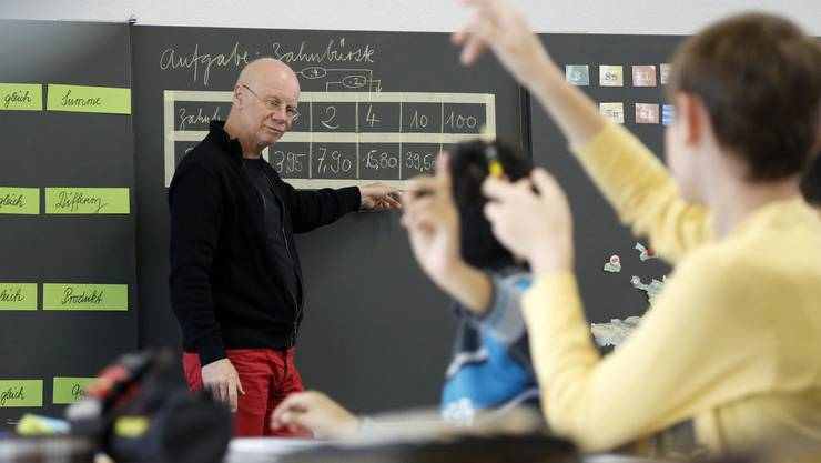 Im Mathematikunterricht gehen die Hände hoch