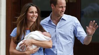 Ob der Kleine mitfliegt, ist offen: Kate, William, George. (Archiv)