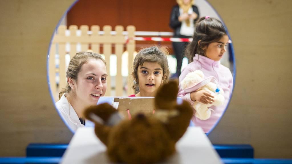Schweizweit erste App, um Kindern Angst vor dem Spital zu nehmen