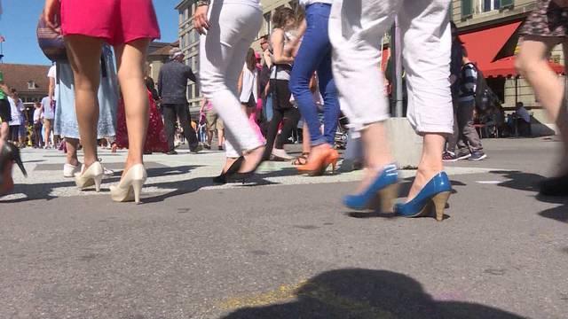 Stilettolauf auf dem Berner Weisenhausplatz
