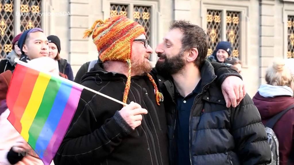 Schwule und Lesben werden besser geschützt