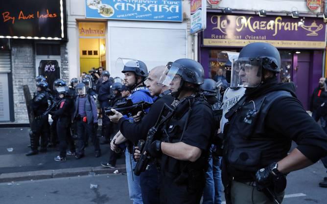 In Lille fand am Mittwoch die Partie Russland gegen Slowakei (1:2) statt. Allein rund um diese Partie wurden 16 Menschen festgenommen.