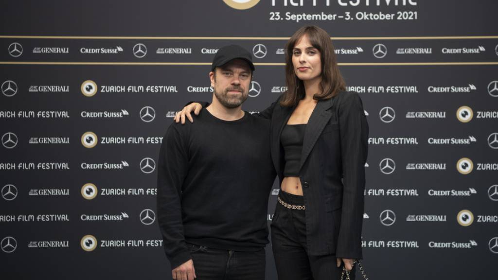 So international ist der Schweizer Film «The Zurich Affair»: Richard Wagner und seine Muse Mathile Wesendonck werden von dem Finnen Joonas Saartamo und der New Yorkerin Sophie Auster gespielt.