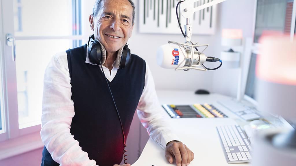 Will die geplante Abschaltung der UKW-Radiosender vorerst verhindern: Radio-1-Geschäftsführer Roger Schawinski. (Archivbild)