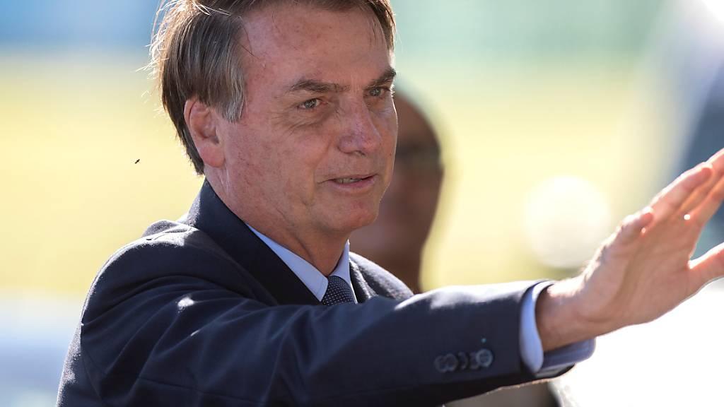 Brasiliens rechtspopulistischer Präsident Bolsonaro ist ein glühender Anhänger des Militärs. Fast jeder vierte Minister in seinem Kabinett gehört den Streitkräften an.  (Archivbild)