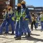 Ausländische Arbeiter auf einer Baustelle in Katars Hauptstadt Doha. (Archivbild)