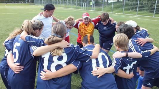 Special Olympic Frauen-Nationalmannschaft im Abschlusstraining.