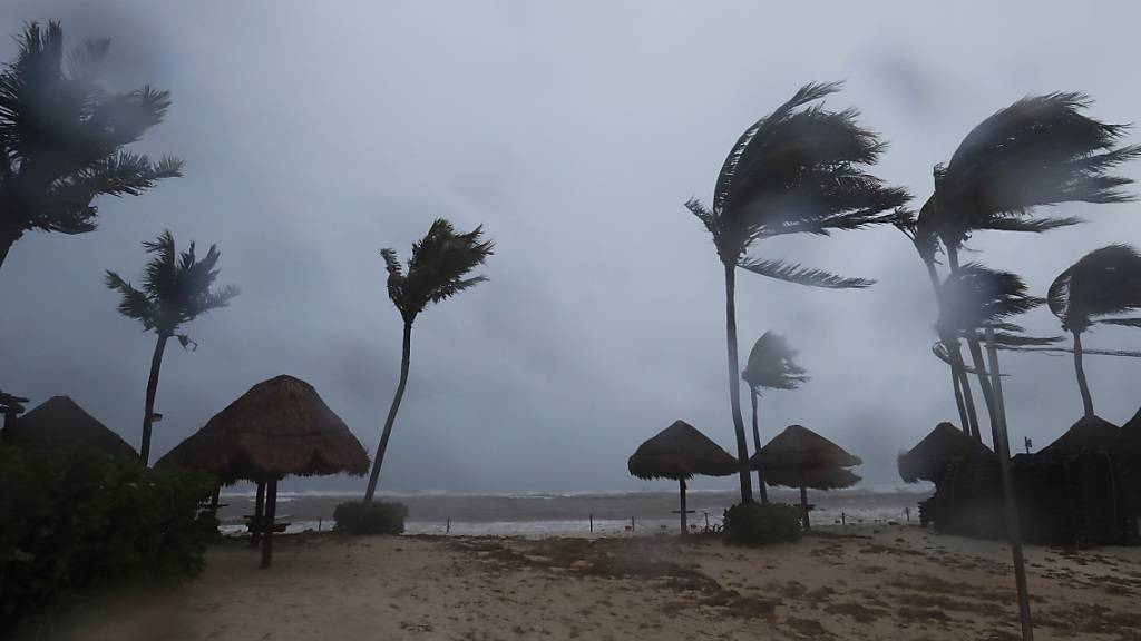 dpatopbilder - Die mexikanische Küste in Cancun. Foto: Marco Ugarte/AP/dpa