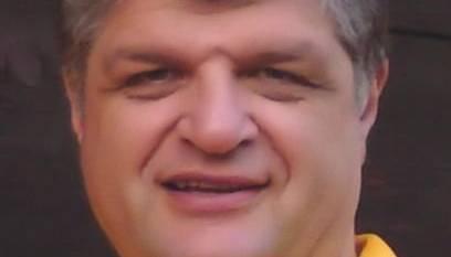 Colomberotto ist IT Operation Manager bei einer Grossbank, verheiratet und Vater von zwei in Ausbildung stehenden Jugendlichen.Der Kandidat wohnt seit 2003 in Lupfig.