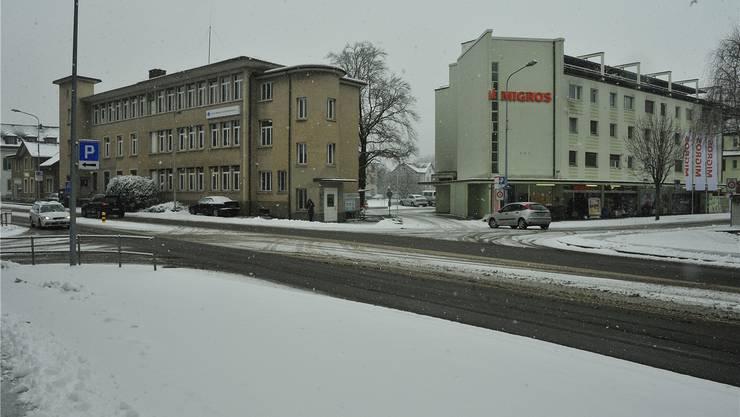 Die Gebäude Tramstrasse 7 (links) und Metzgergasse 1 (rechts) auf dem Areal A bilden das Nord-Eck des Planungsperimeters «Mitteldorf».
