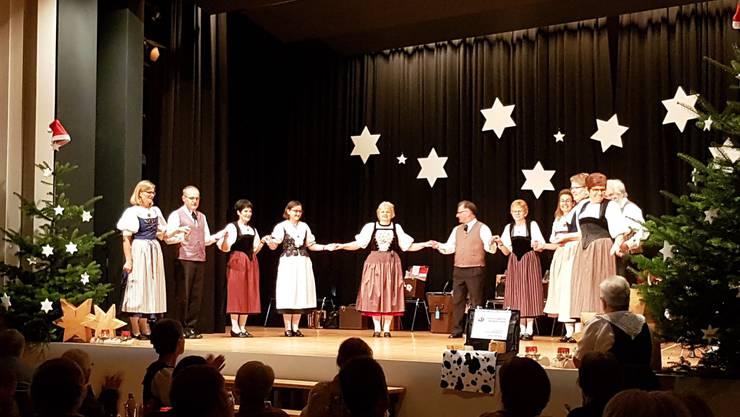 Tanzgruppe der Trachtengruppe Erlinsbach-Küttigen