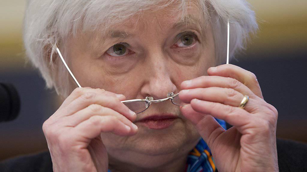 Die amerikanische Notenbankchefin Janet Yellen hat - wie erwartet - den Leitzins um 0,25 Punkte angehoben. Innerhalb von drei Monaten ist dies die zweite Straffung der US-amerikanischen Geldpolitik.  (Archiv)