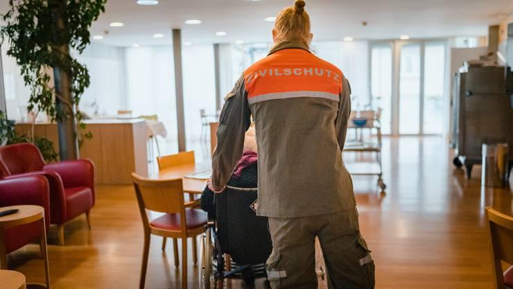 Wie andernorts in der Schweiz nun auch im Baselbiet: Zivilschützer sollen in der Coronakrise in Altersheimen aushelfen.
