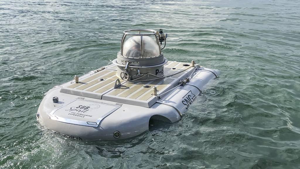 U-Boot nimmt Passagiere mit in den Vierwaldstättersee