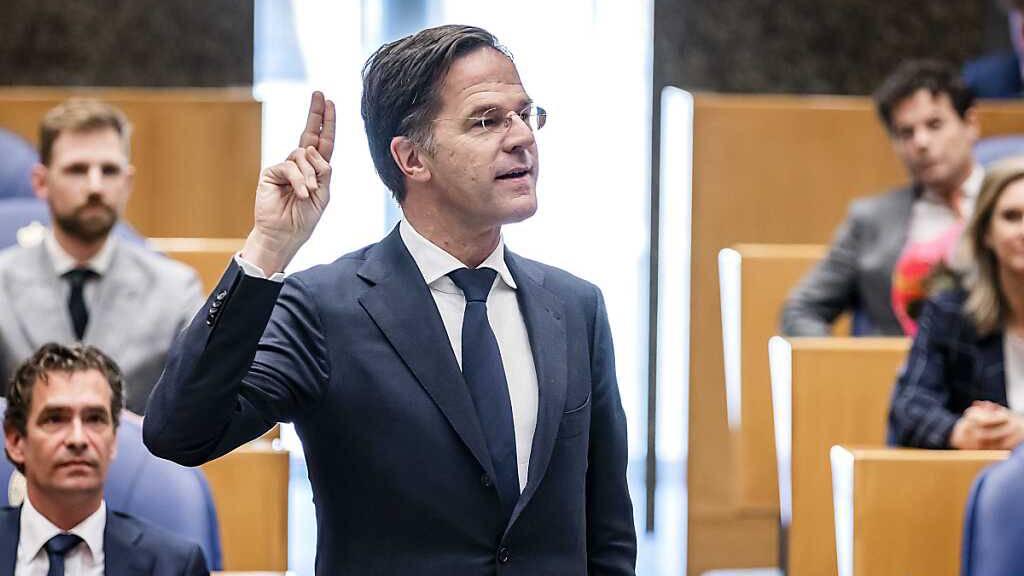Premier Rutte kämpft um politisches Überleben