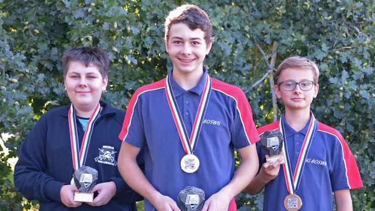 Die U15-Medaillengewinner (v.l.): Lars Morgenthaler (2.), Mathias Hilfiker (1.) und der drittklassierte Tomi Burri.