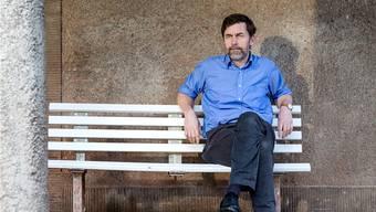 Der Schriftsteller Peter Stamm (55) in der Nähe seines Hauses in Winterthur. Sandra Ardizzone