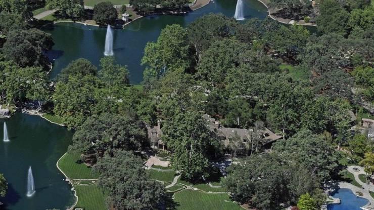 Die Neverland-Ranch des verstorbenen Popsängers Michael Jackson kann für 31 Millionen Dollar gekauft werden. (Archivbild)