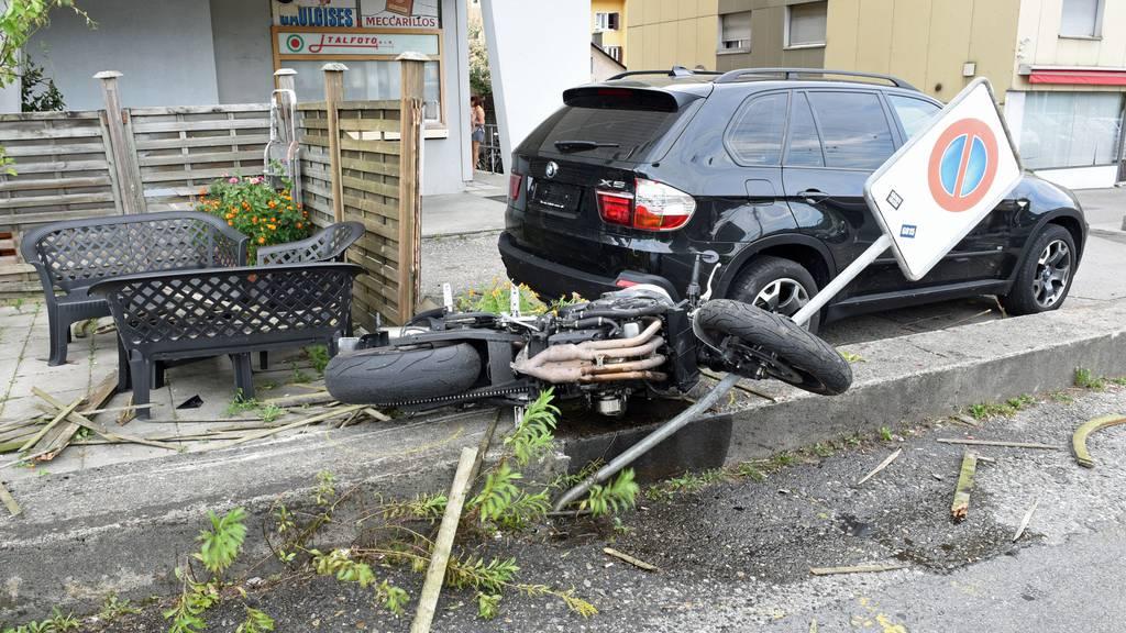 Selbstunfall mit Töff: Zwei Schwerverletzte
