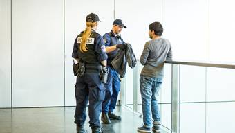 Polizei-Aktion am Bahnhof Aarau