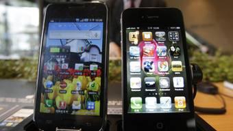 In der Schweiz sind Smartphones oft günstiger als im Ausland