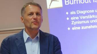 Christoph Walser will mit seinem Vortrag Antworten auf oft gestellte Fragen finden.