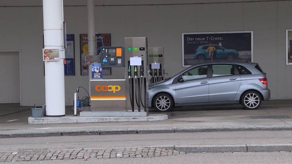Kein Benzin an 140 Coop-Tankstellen wegen technischen Problemen