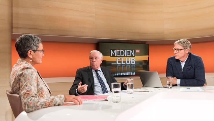 Franz Fischlin gibt die Leitung des Medienclubs ab.