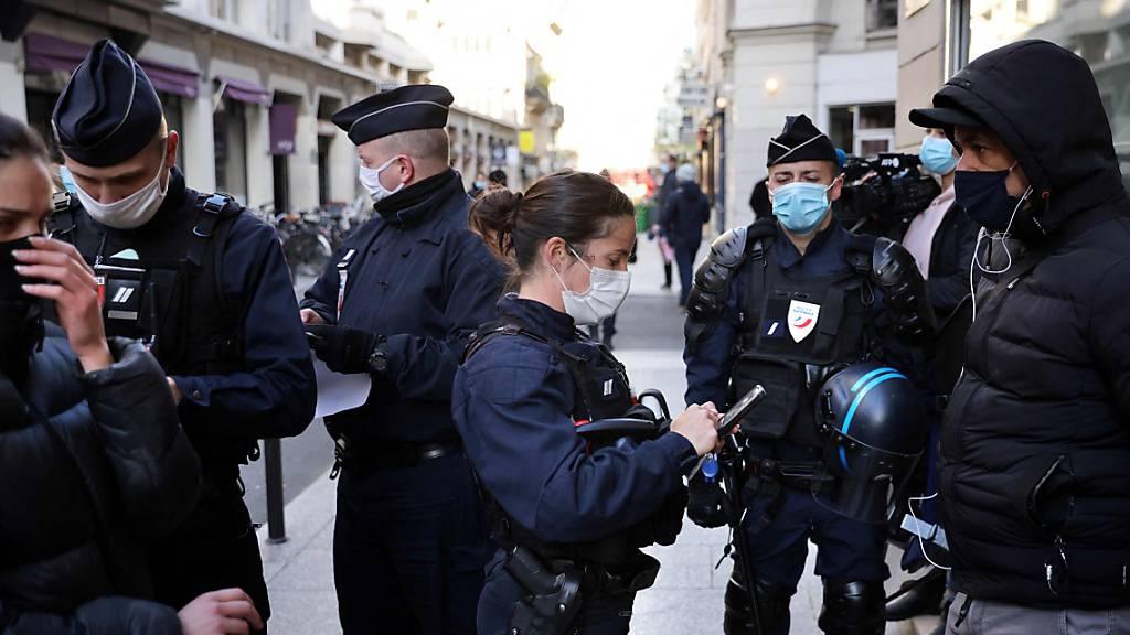 Frankreich verhängt für mehrere Länder Pflichtquarantäne