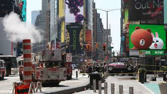 Auto rast in Menschenmenge in New York (18. Mai 2017)
