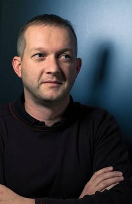 Simon Enzler zeigt sein Programm «Vestolis» am 22.11 in Solothurn.