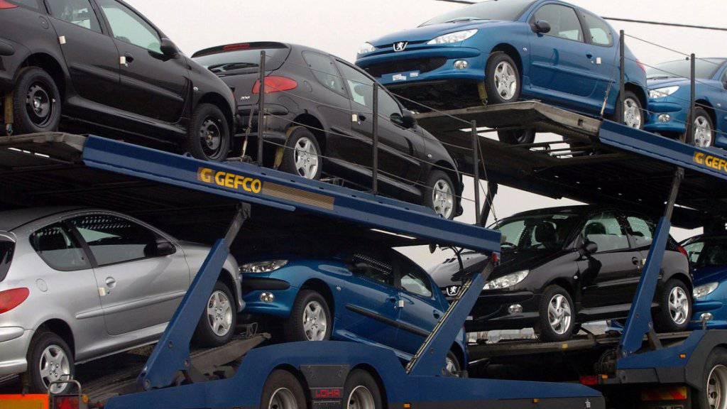 Der Autoverkauf in der Schweiz läuft wie am Schnürchen. (Archiv)