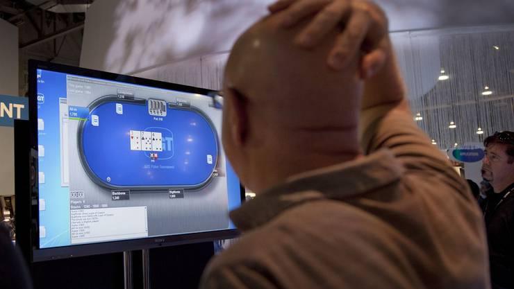 Illegale Glücksspiele im Internet - das Seco warnt.