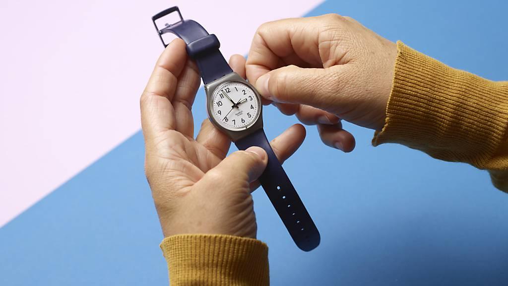 In der Nacht auf kommenden Sonntag werden die Uhren wieder um eine Stunde zurückgestellt. Es gilt dann für fünf Monate die sogenannte Normalzeit. (Archivbild)