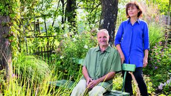 Eigentlich wollten Hans Massler und seine Frau Yvonne vor 14 Jahren nur die Umgebung etwas gestalten. Entstanden ist ein Gartenparadies.