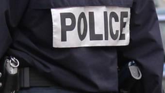 Der Polizist hatte Glück im Unglück: Er wurde bereits wieder aus dem Spital entlassen (Symbolbild)