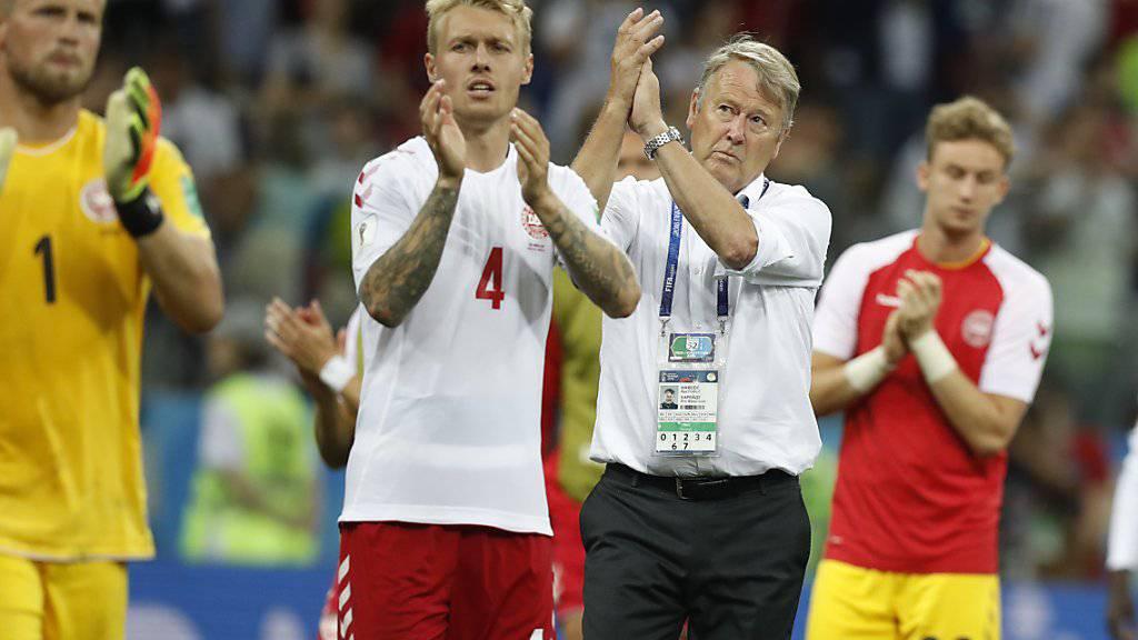 Da war die Fussball-Welt für Dänemark noch in Ordnung: Headcoach Age Hareide (Bildmitte) in den Minuten nach dem respektablen Achtelfinal-Ausscheiden gegen den nachmaligen WM-Finalisten Kroatien
