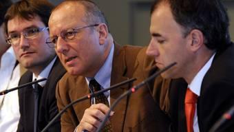 Diskutieren den Föderalismus (v.l.): Christian Levrat, Roger de Weck und Christophe Darbellay