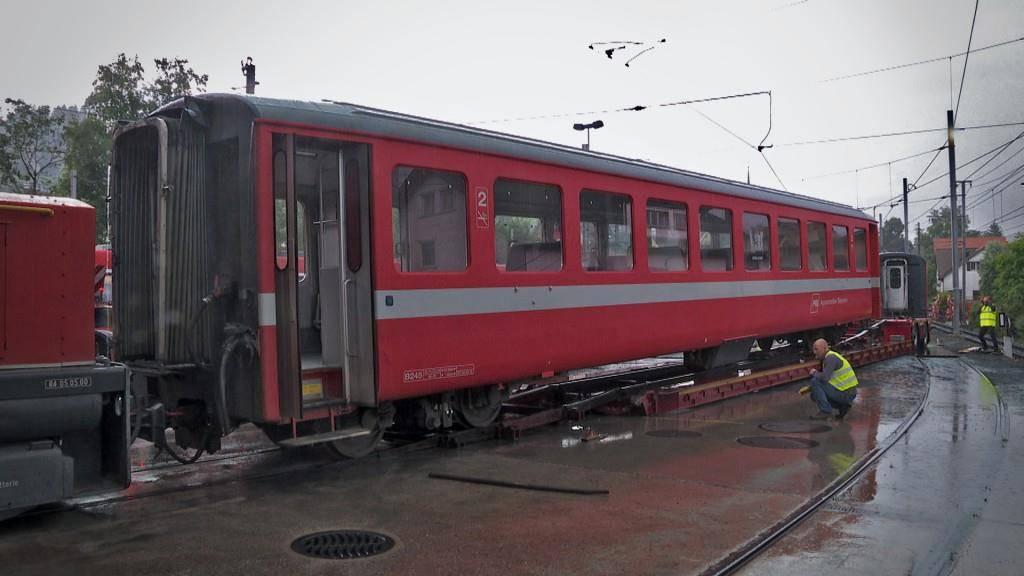 Hier wird der erste Zug in Gais abtransportiert. (© TVO/PD)
